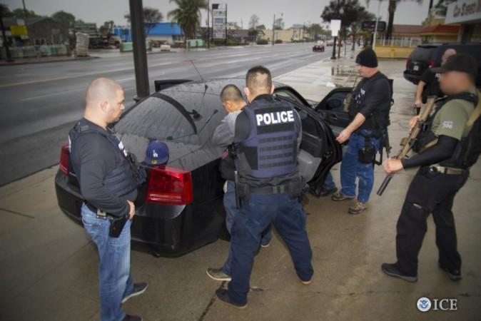 Alertan de un fraude telefónico en el que estafadores simulan ser agentes de ICE